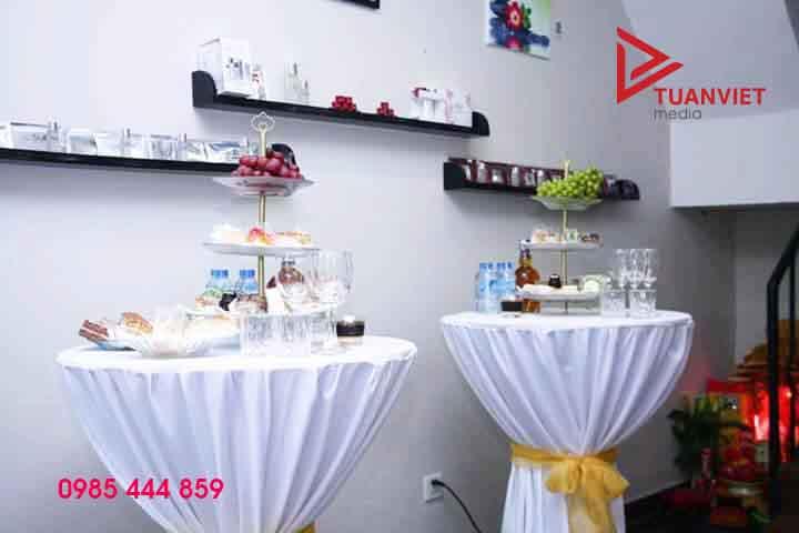 Cho thuê bàn Cocktail giá rẻ tại Hà Nội