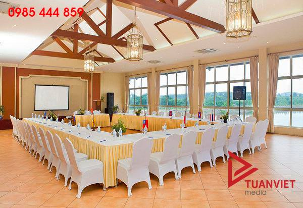 Cho thuê bàn ghế banquet