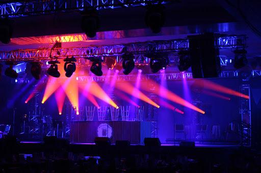 Cho thuê ánh sáng sân khấu