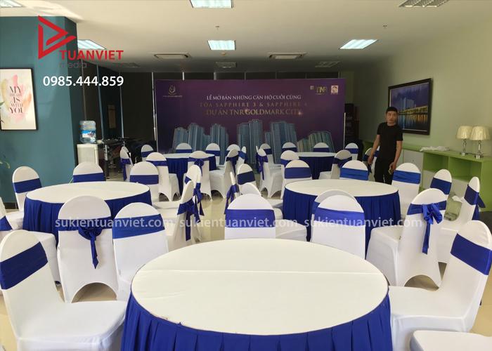Cho thuê bàn ghế tại Long Biên
