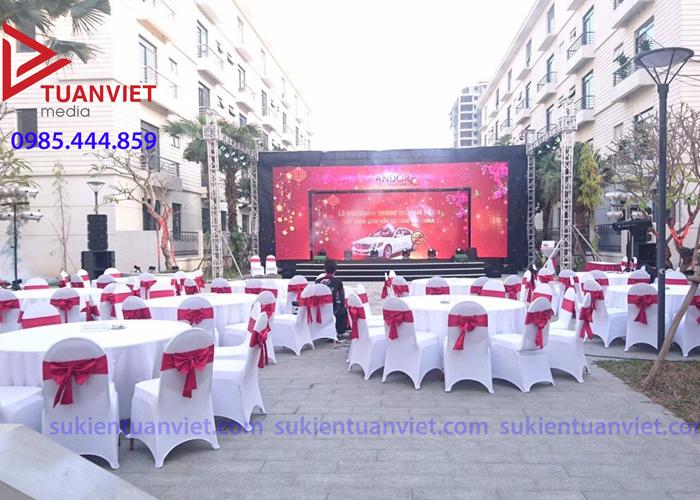 Cho thuê bàn ghế tại Thanh Xuân