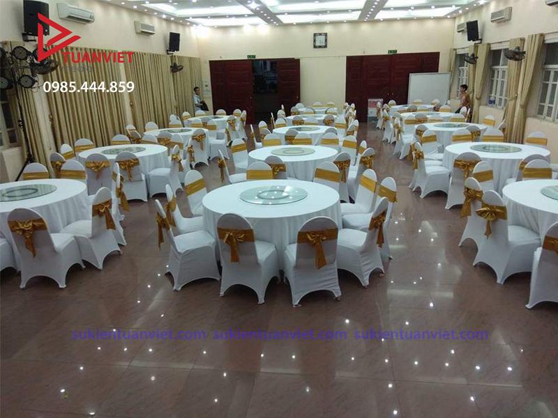 Cho thuê bàn tròn ăn tiệc tại Hà Nội