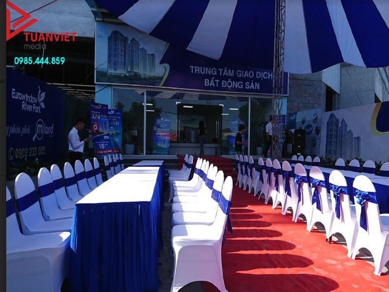 Bảng giá thuê bàn ghế giá rẻ mới nhất tại Hà Nội