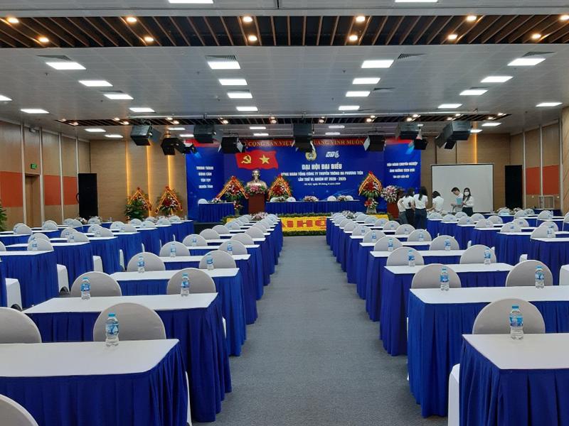 Thuê bàn ghế sự kiện quận Hoàng Mai ở đâu giá rẻ nhất?