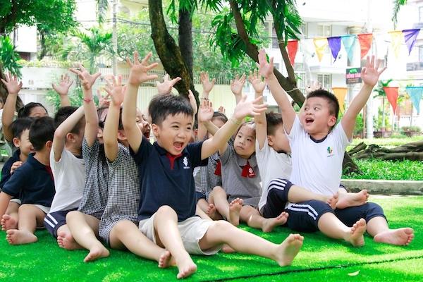 Trò chơi team building cho trẻ em