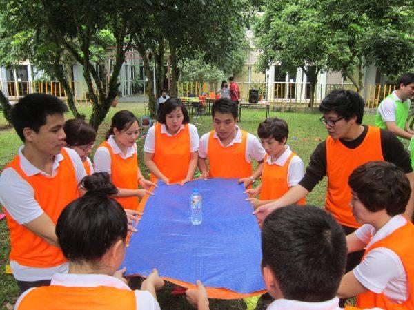 Team building giúp nâng cao tinh thần đoàn kết giữa các thành viên