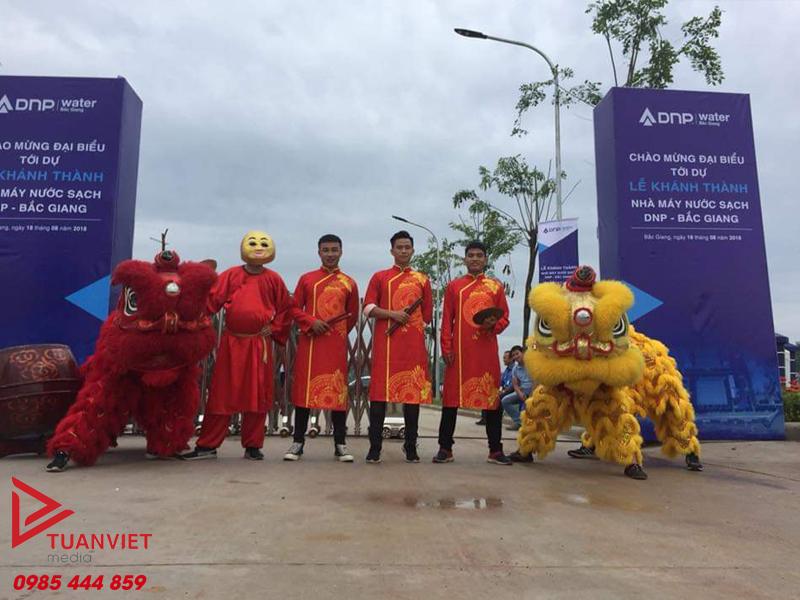 Thuê dịch vụ múa lân khai trương tại Hà Nội